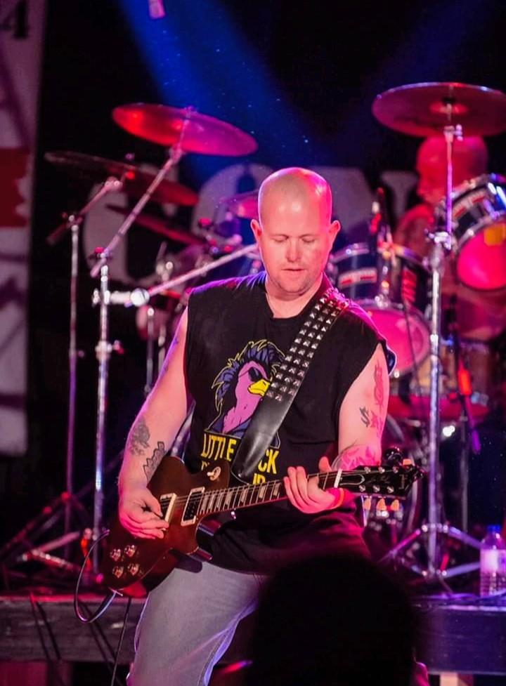 AJ - Guitar